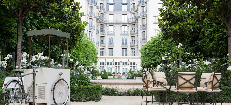 Ritz paris hotel ritz bar ete header 1 secret parisien for Hotel le secret paris